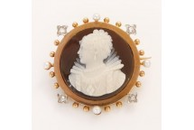 Cameo Brooch With Pearls and Diamonds