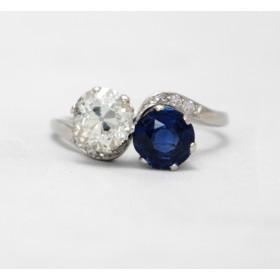 Diamond and Sapphire Twist Ring