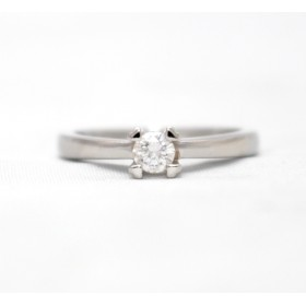 Diamond Solitaire Ring set in Platinum