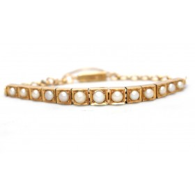 Pearl Bracelet set in 18ct yellow gold