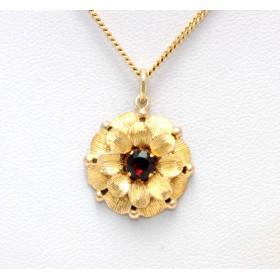 Garnet set flower shaped pendant