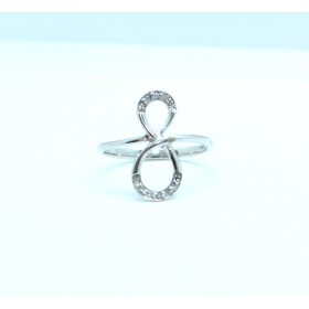Figure of eight 'eternity' diamond ring
