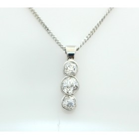 Three ston diamond pendant