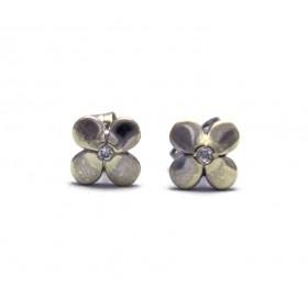Diamon set Flower shaped earrings