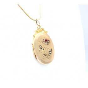 Seed pearl and ruby gold locket